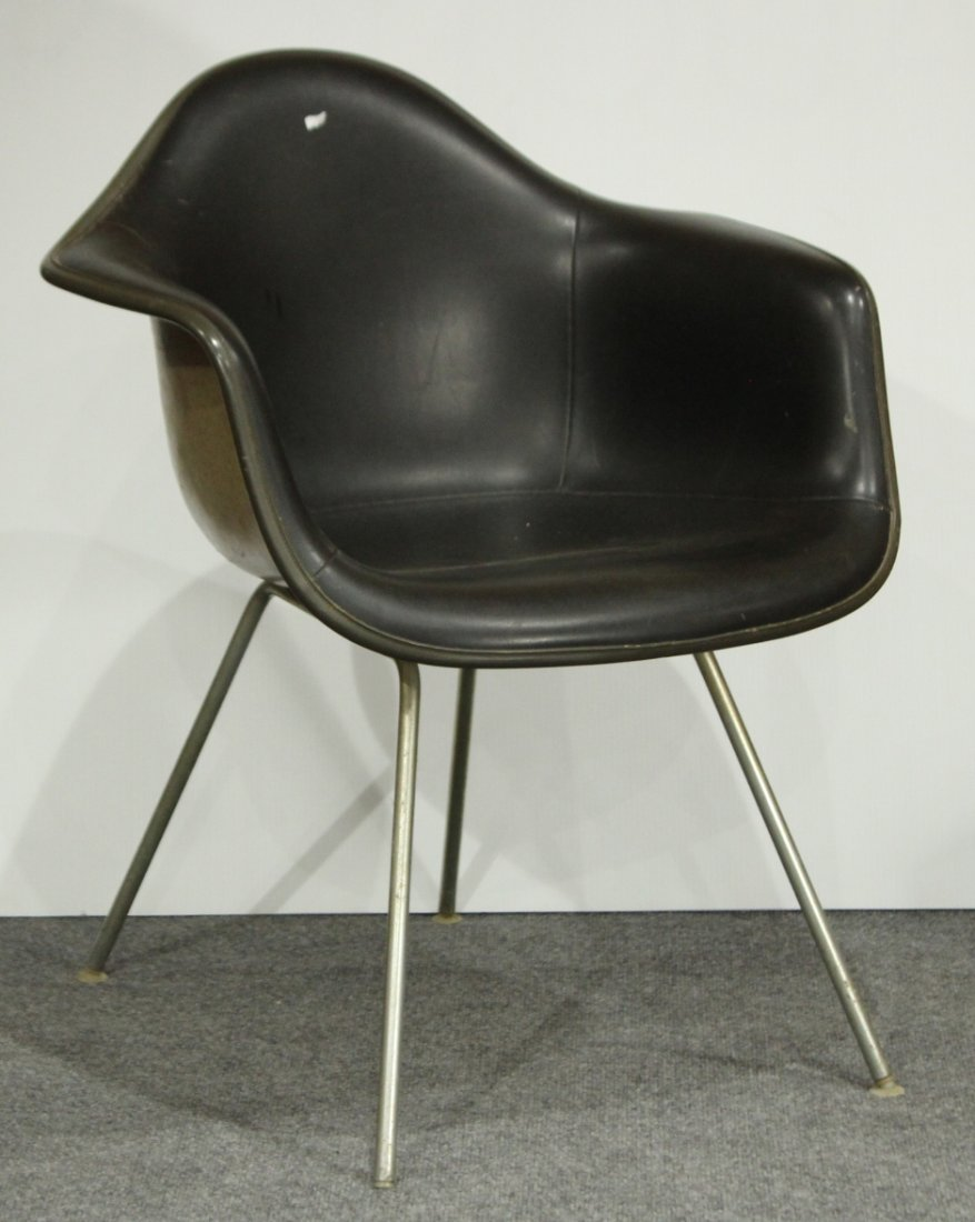 CHARLES EAMES 1950s SHELL CHAIR BLACK LEATHER