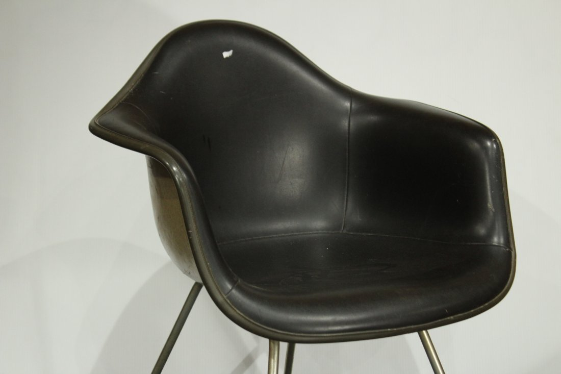 CHARLES EAMES 1950s SHELL CHAIR BLACK LEATHER - 2
