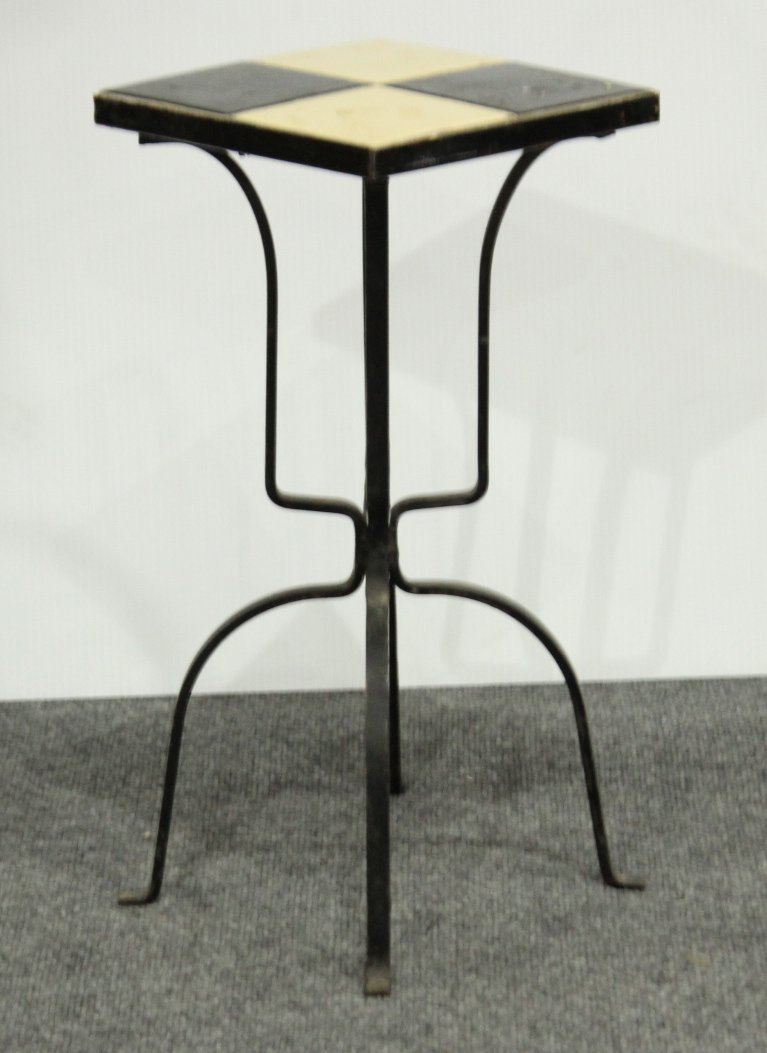 MID CENTURY IRON BASE BLACK AND WHITE TILE TOP STAND