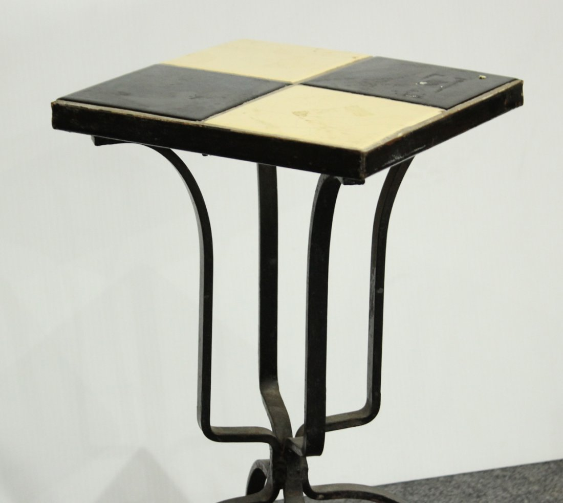 MID CENTURY IRON BASE BLACK AND WHITE TILE TOP STAND - 3
