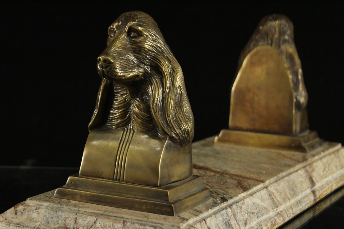 Exceptional MARBLE BASE WITH BRONZE DOG HEAD BOOK STAND - 3