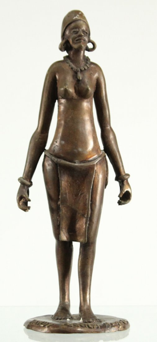 BRONZE STATUE OF AFRICAN WOMAN CARRYING WATER BUCKETS
