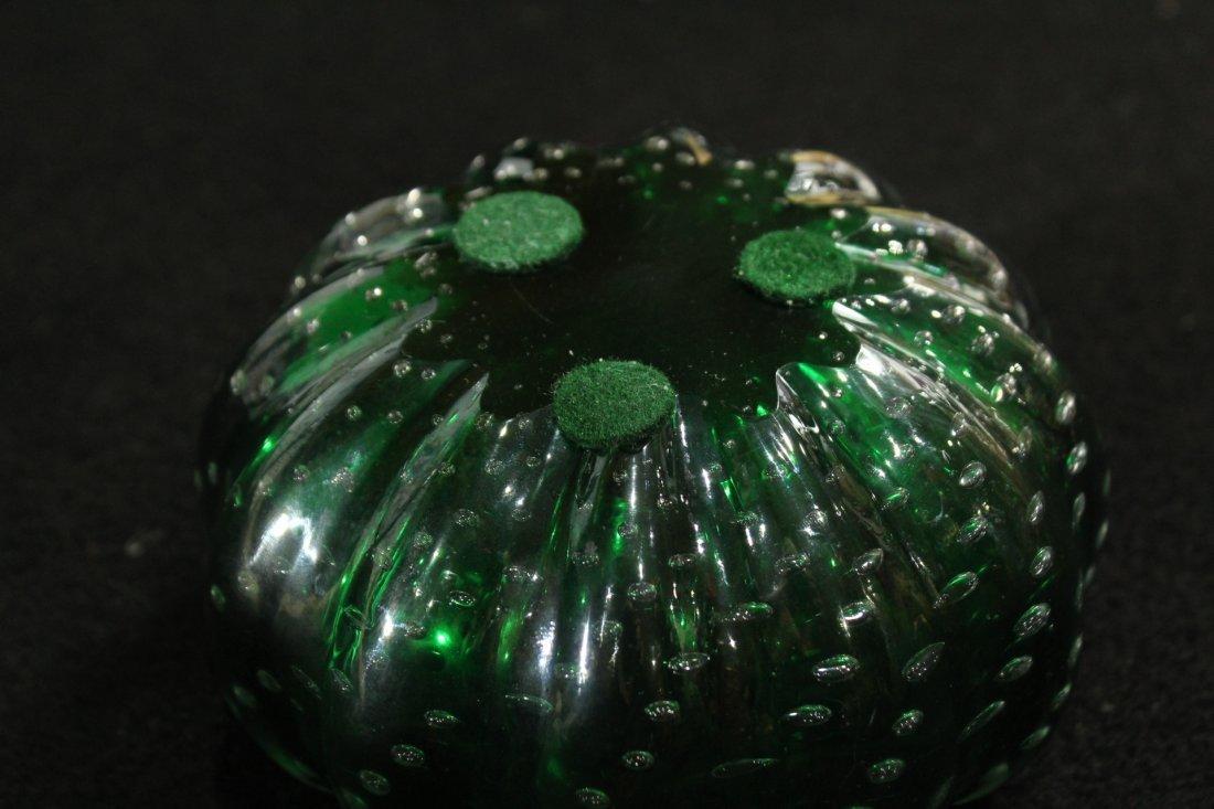 Vintage Superb GREEN ART GLASS CONTROLLED BUBBLES VASE - 6