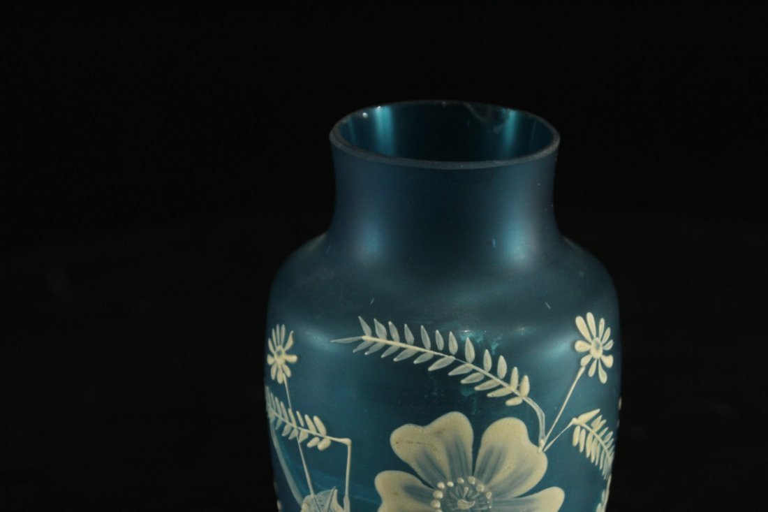 FLORENTINE ART CAMEO TEAL BLUE GLASS VASE WHITE DECOR - 2