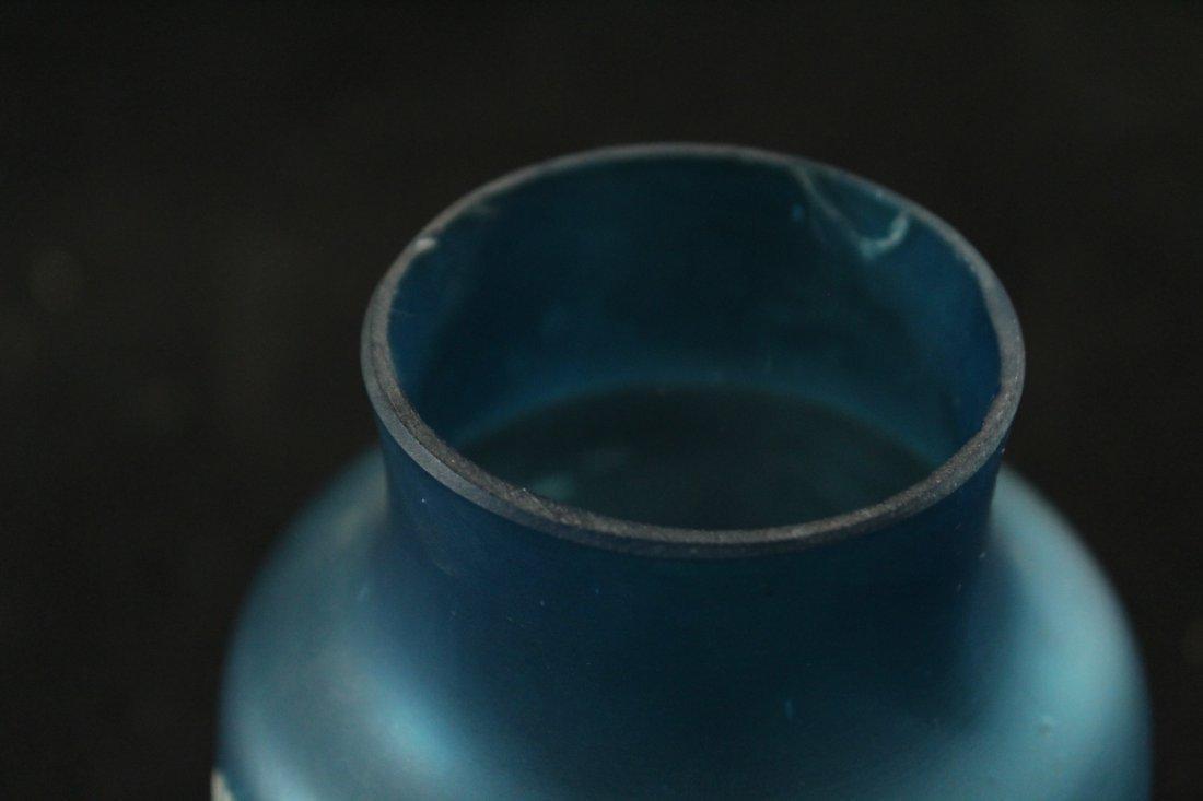 FLORENTINE ART CAMEO TEAL BLUE GLASS VASE WHITE DECOR - 5