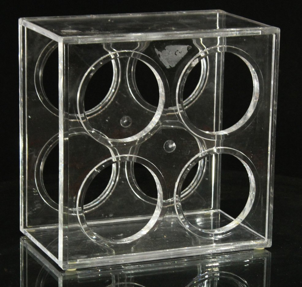 MID CENTURY DESIGN CLEAR LUCITE WINE BOTTLE HOLDER