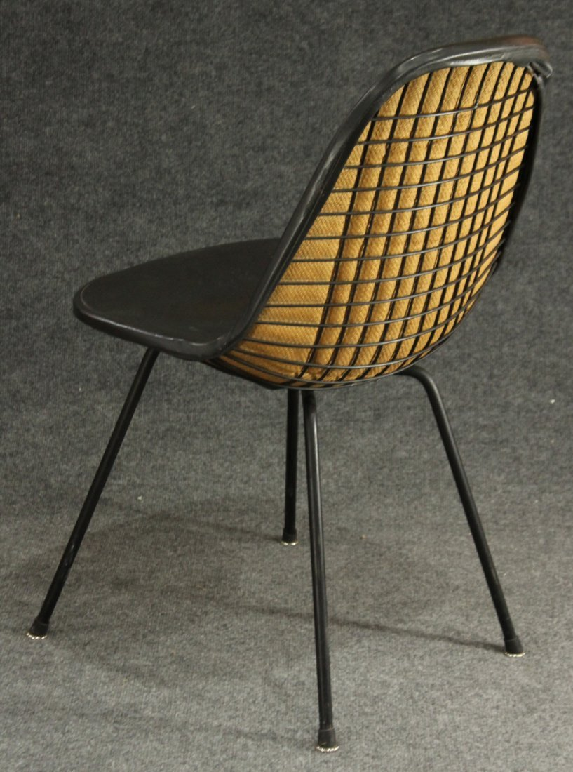 Herman Miller Charles Eames Wire chair
