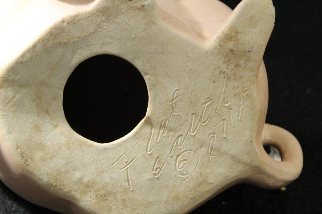 Signed 1987 ceramic pig - 5