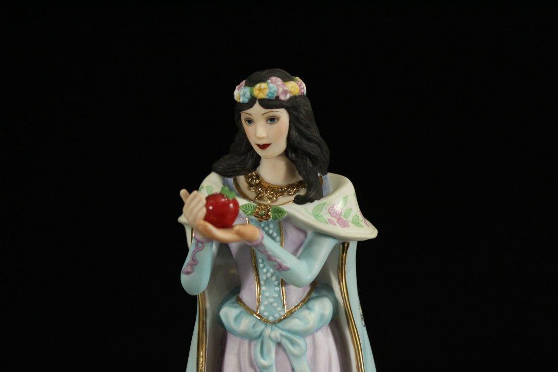Snow White Lenox porcelain - 2