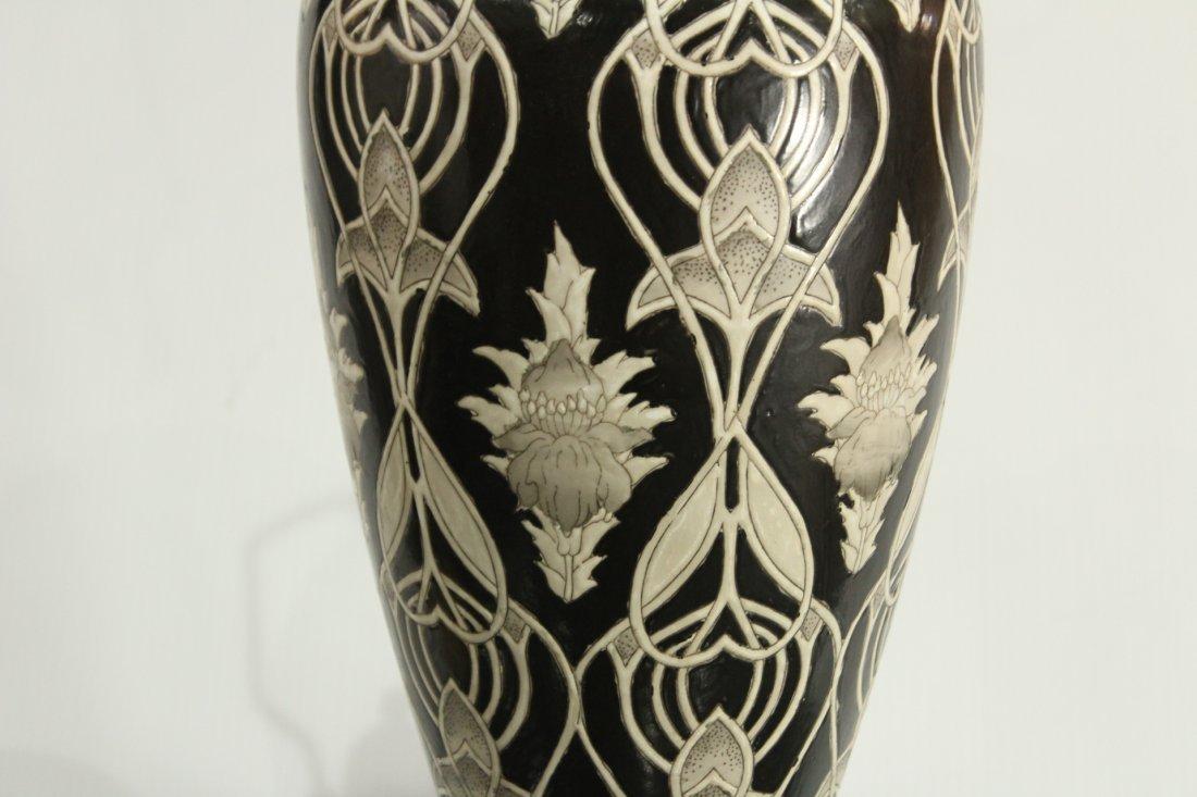 Ceramic mId-century Modern vase on Oriental pedestal - 5