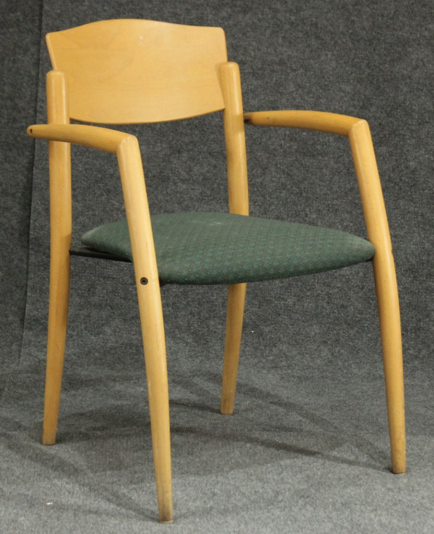 L&B CONTRACT Mid Century Design BLOND WOOD ARM CHAIR