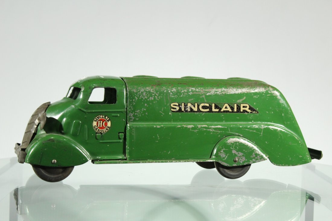Antique PRESSED STEEL SINCLAIR DELIVERY TRUCK