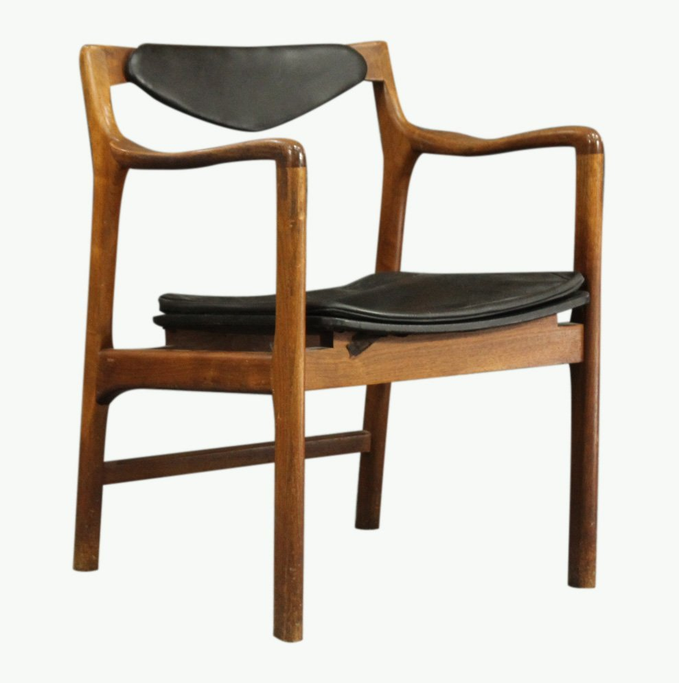 FINN JUHL attributed DANISH TEAK ARM CHAIR