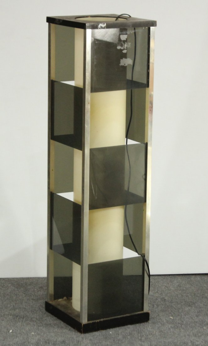 MID-CENTURY MODERN LUCITE 36 in TALL  SKYSCRAPER LAMP