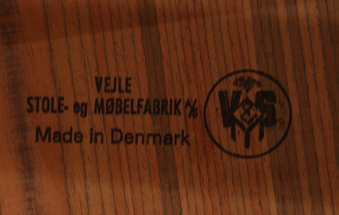 VESLE STOLE MOBELFABRIK DENMARK DINING TABLE, 2 Leaves - 3