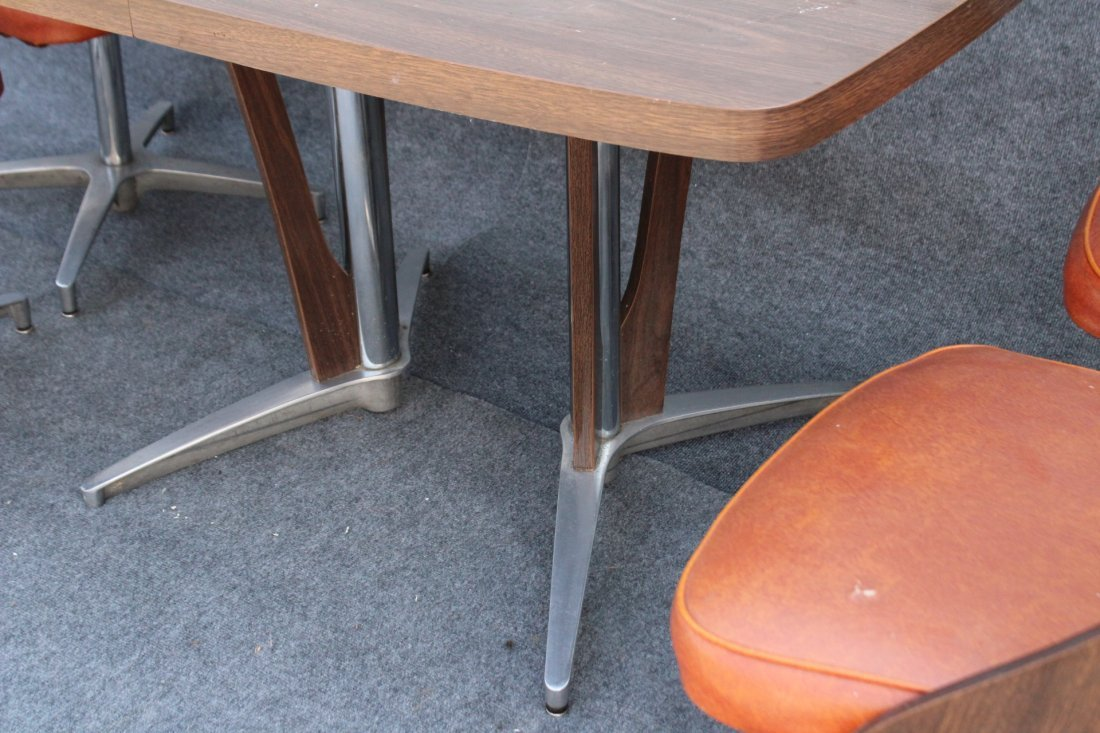 SPACE AGE DESIGN CHROME AND FORMICA 6 CHAIRS, TABLE - 6