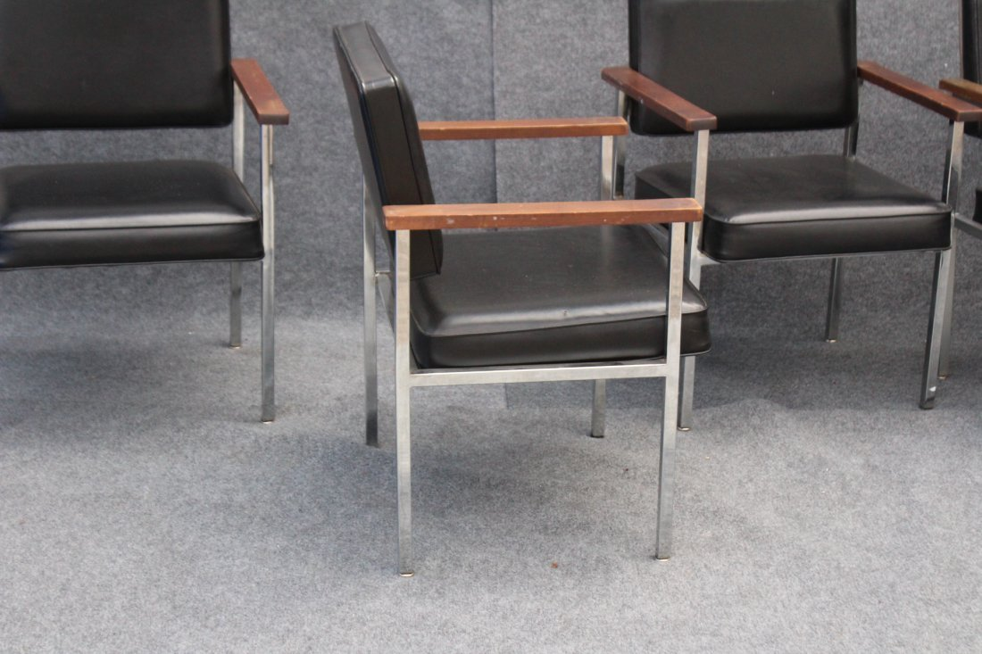 SET 4 MID CENTURY KNOLL CHROME AND BLACK ARM CHAIRS - 5