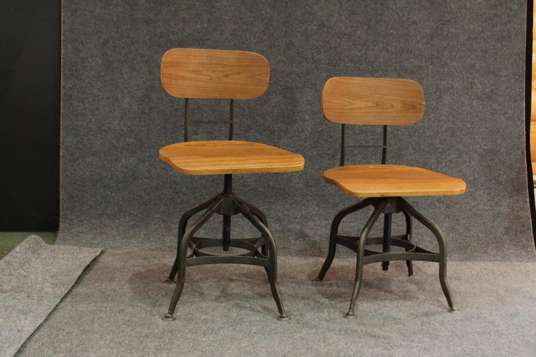 7 Mid-century modern style industrial adjustable stools - 3