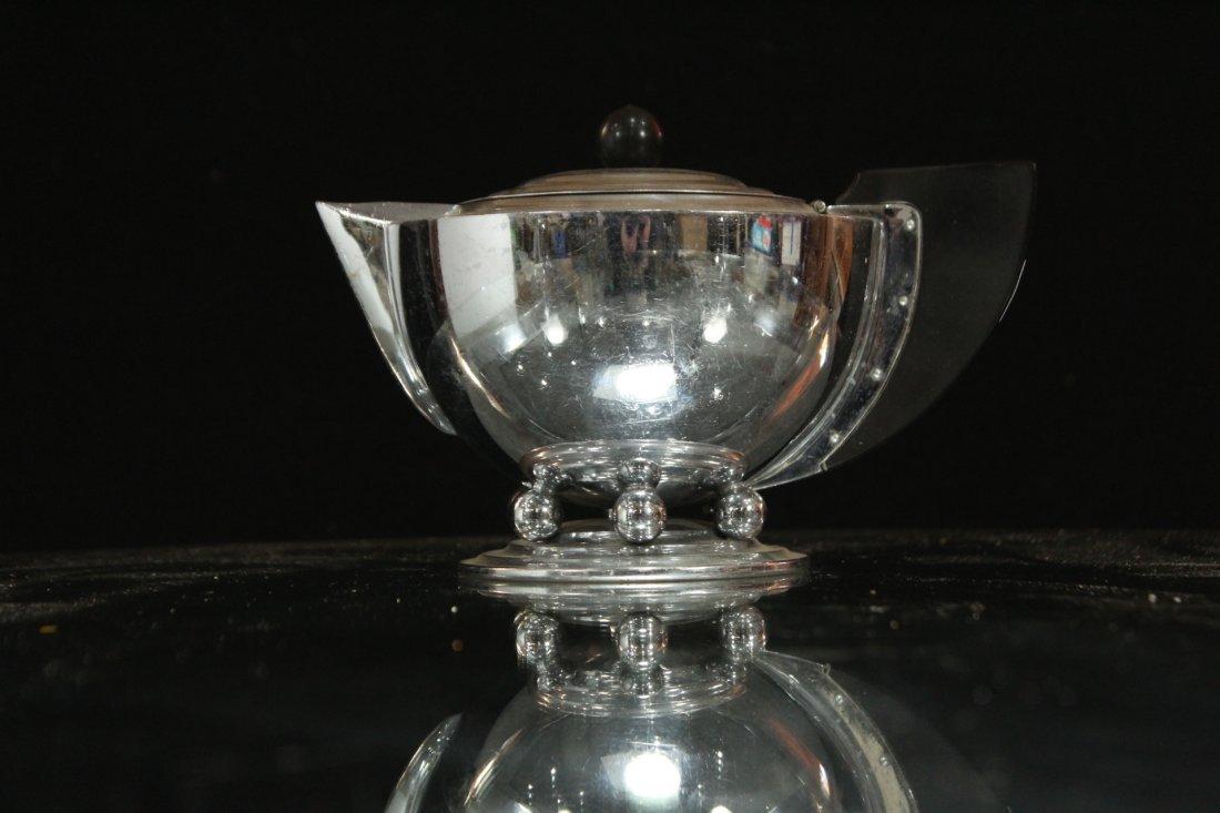 MANNING BOWMAN Silverplate ART DECO HIGH DESIGN TEA POT - 2