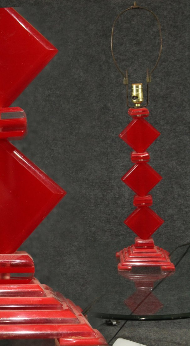 MID CENTURY MODERN RED LUCITE SKYSCRAPER LAMP