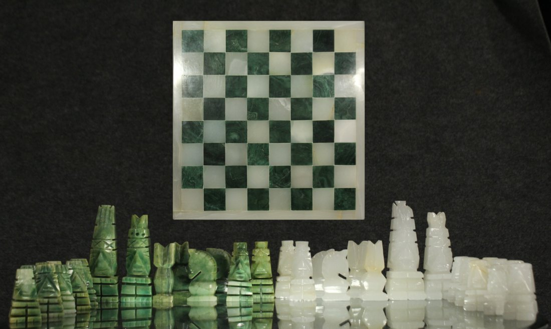 WHITE MARBLE AND GREEN MALACHITE CHEST SET WITH BOARD