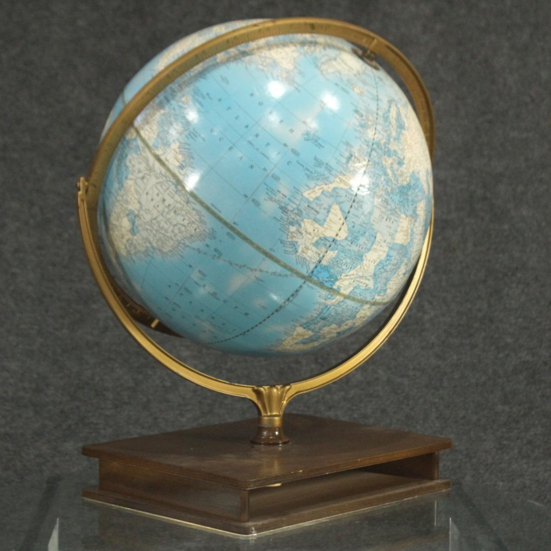 IMPERIAL WORLD GLOBE ON ATLAS BOOK BASE 16 in. Diameter