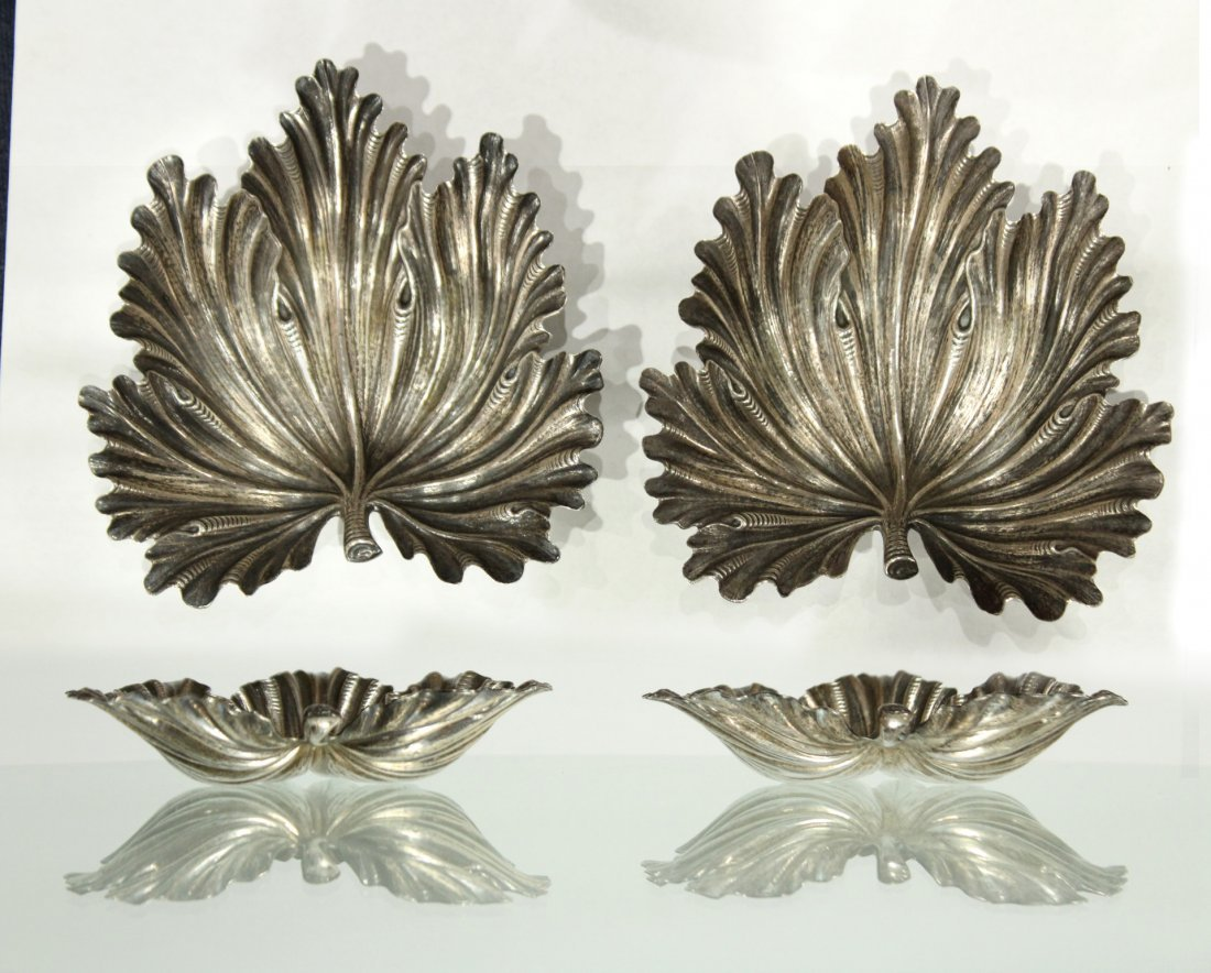BUCCELLATI STERLING SILVER PAIR FIG LEAF DISHES