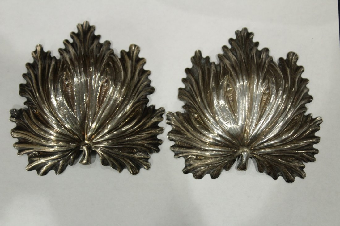 BUCCELLATI STERLING SILVER PAIR FIG LEAF DISHES - 3