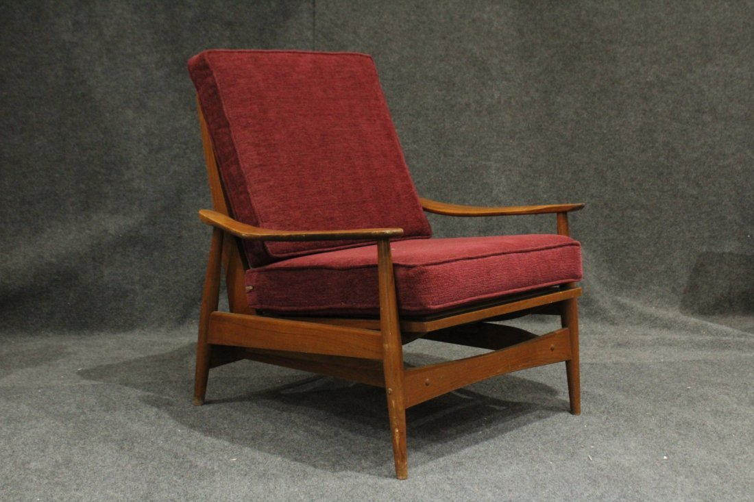 Quality Mid-Century Modern Teak Curved Arm Lounge Chair