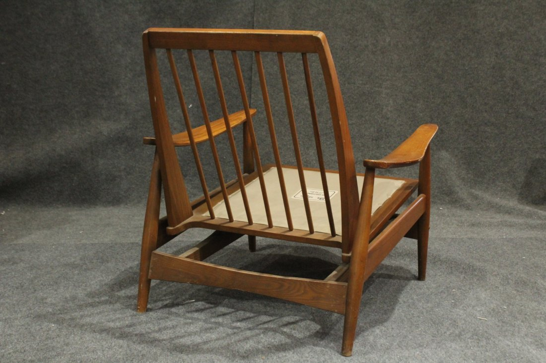 Quality Mid-Century Modern Teak Curved Arm Lounge Chair - 6