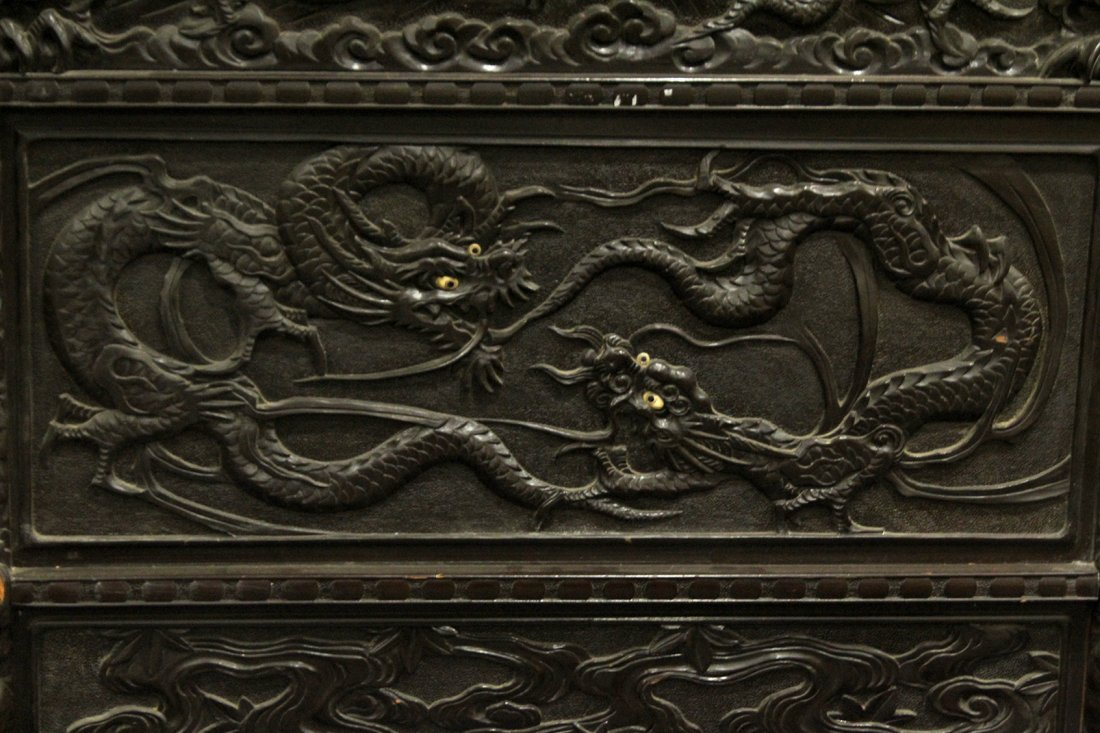 Heavily Carved Japanese Daybed,  Dragons, Mount Fuji - 4