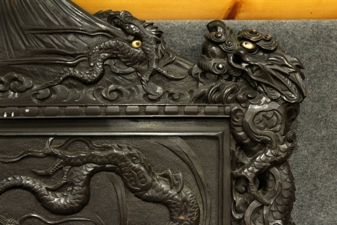 Heavily Carved Japanese Daybed,  Dragons, Mount Fuji - 6