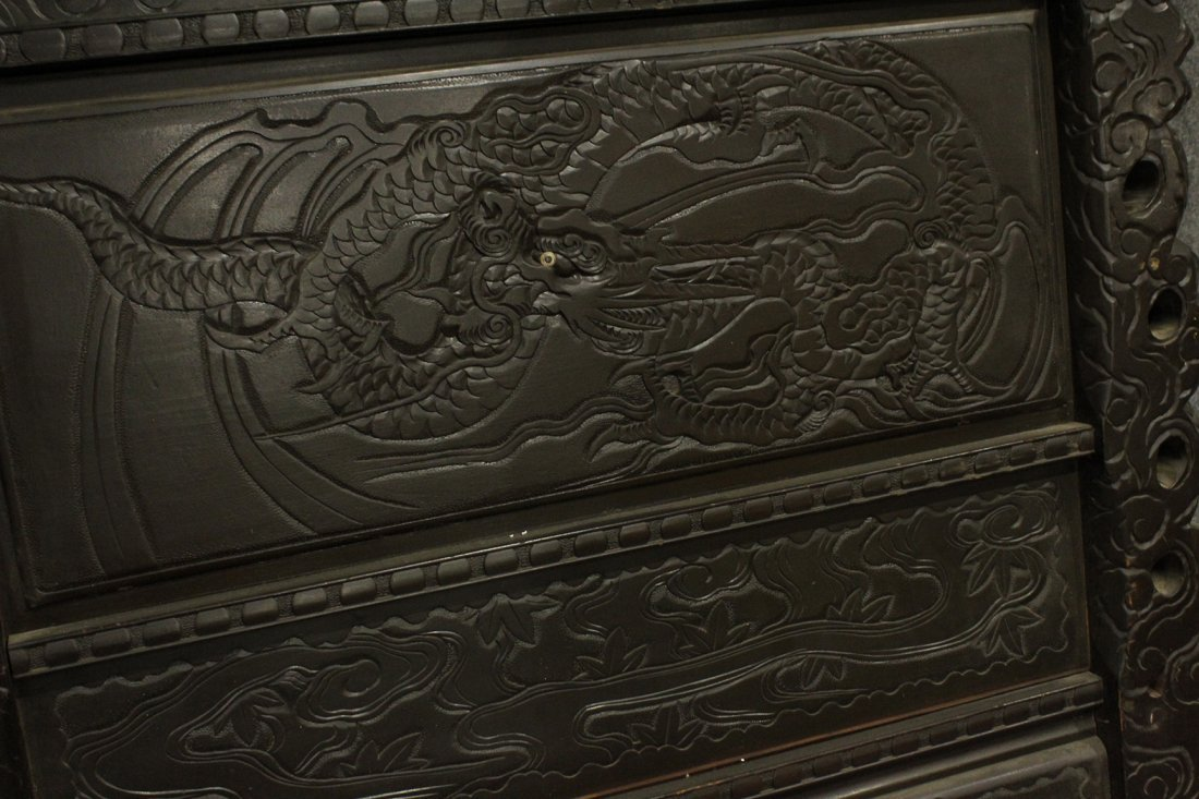 Heavily Carved Japanese Daybed,  Dragons, Mount Fuji - 9
