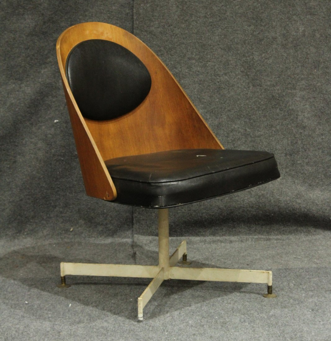 George Mulhauser Plycraft Bentwood Swivel Chair