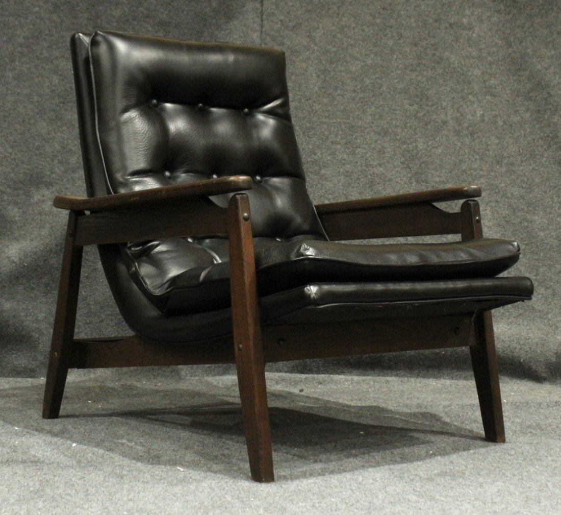 Mid-Century Modern Danish Lounge Chair With Arms