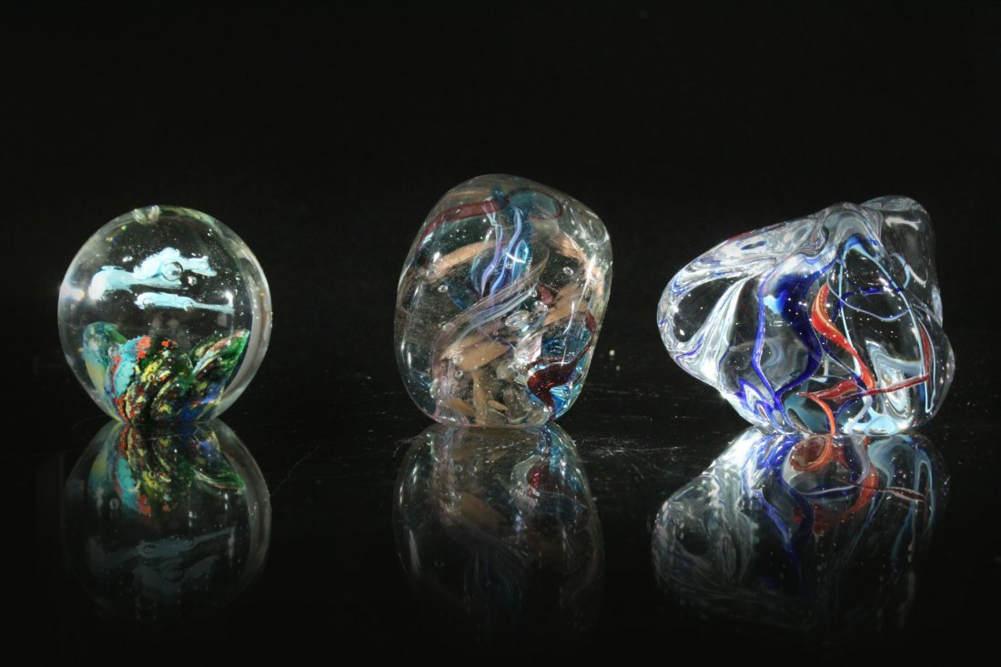 Assorted Murano style paperwights, Gibson glass co.
