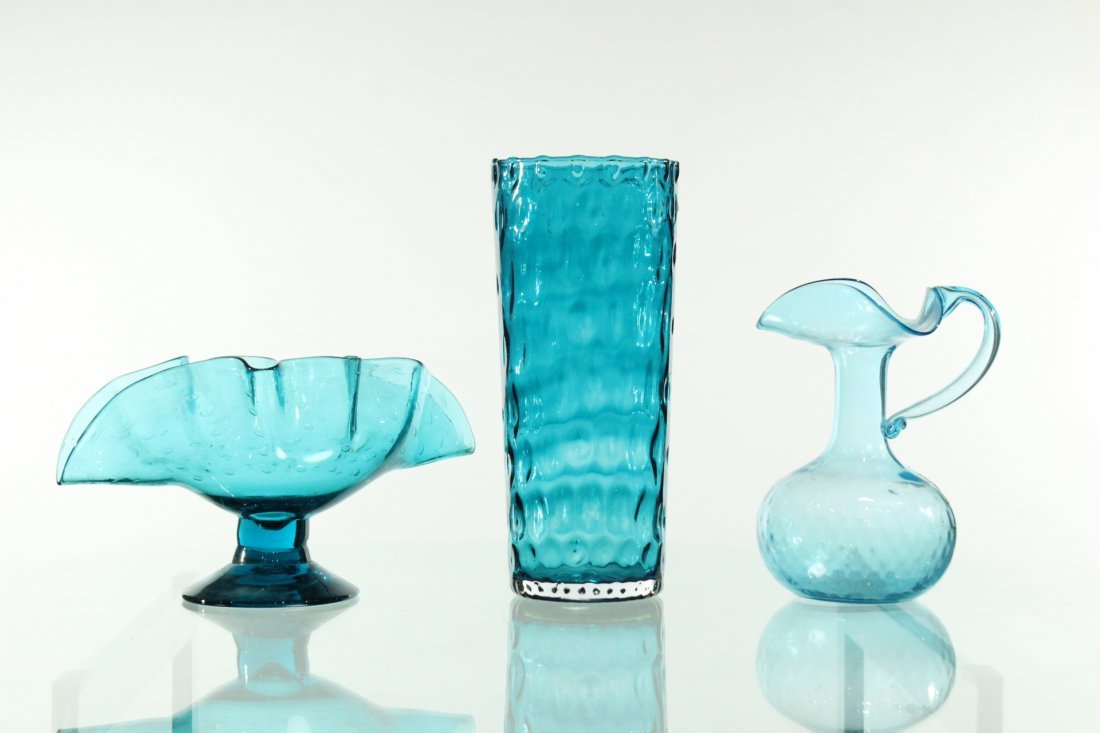 3 (three) Assorted hand blown blue glass
