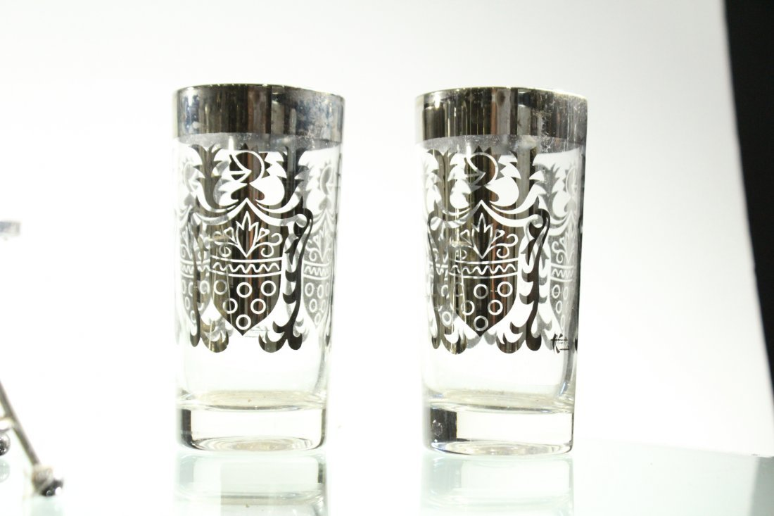 SILVER OVERLAY Set 8 Shield Design Glass in Caddy - 4