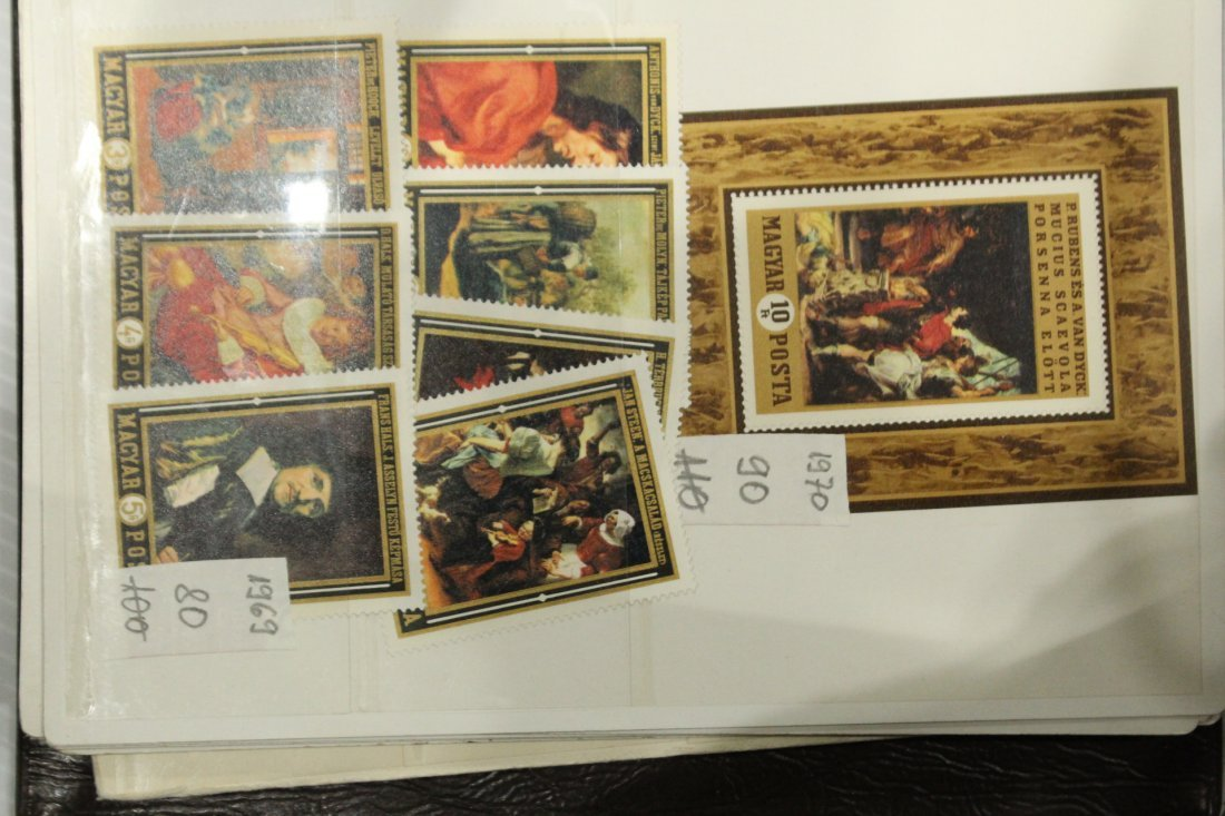 Grouping of ESTATE STAMP ALBUMS - 4