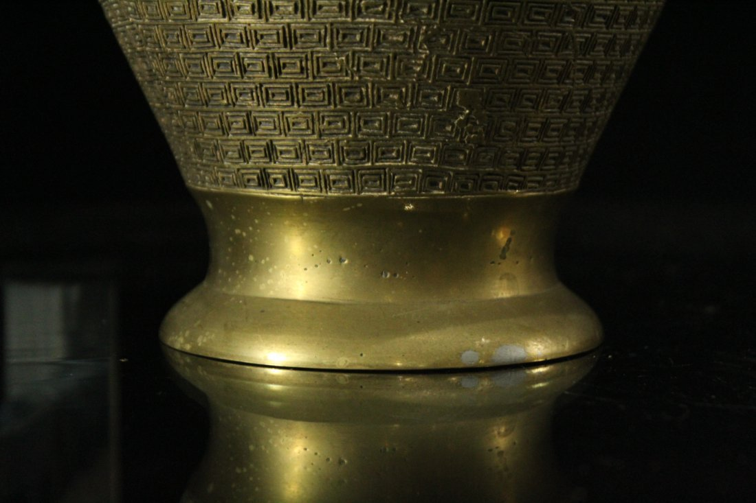 BRONZE CHAMPLEVE URN With Galleon Ship Border - 4