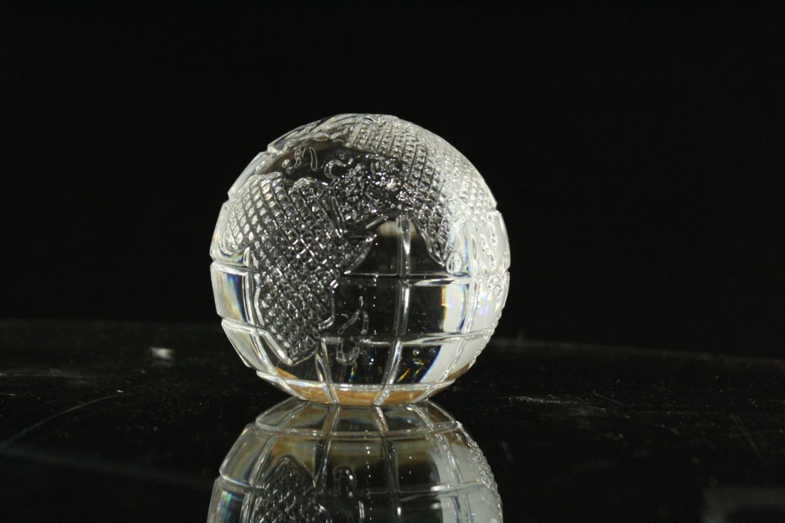 WATERFORD CRYSTAL World Globe Paperweight With Box - 4