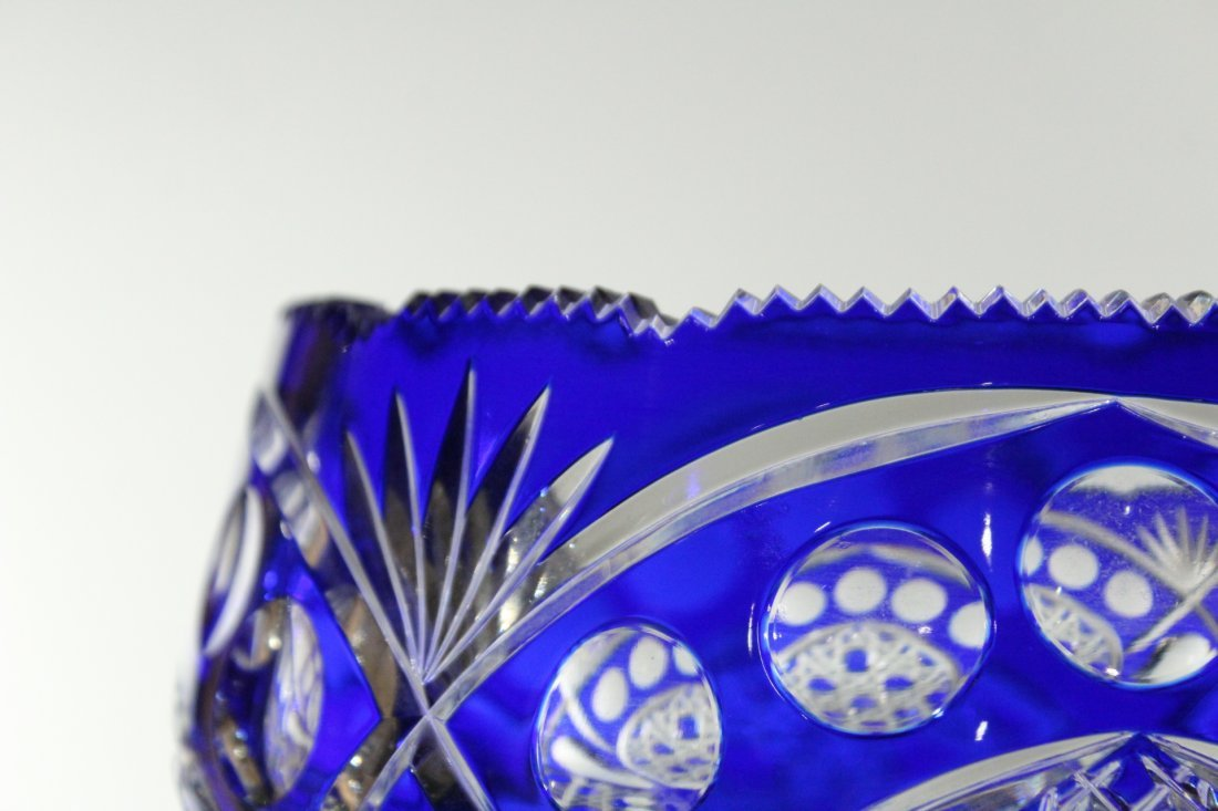 Exquisite CUT GLASS PEDESTAL BASE BOWL COBALT TO CLEAR - 3
