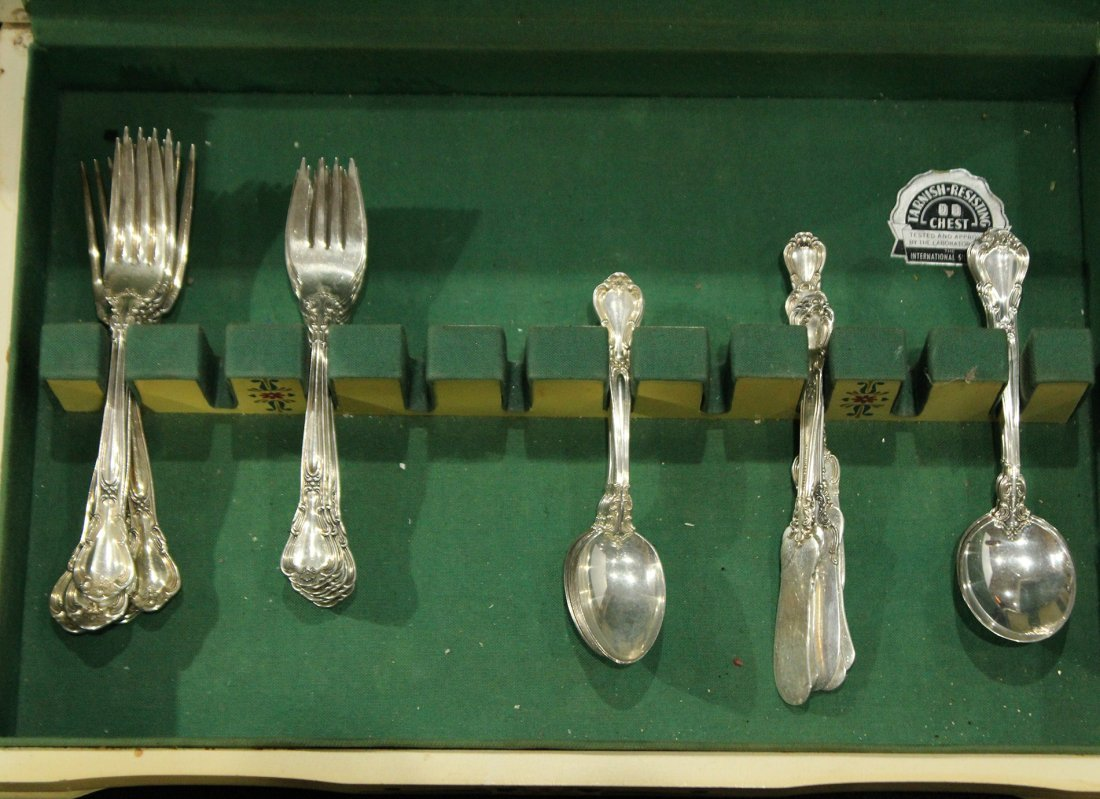 GORHAM CHANTILLY STERLING FLATWARE 36 Pcs; 45.69 oz. - 2