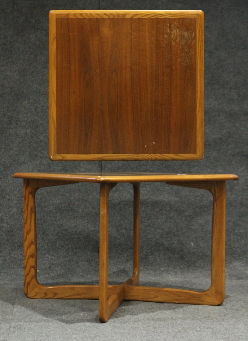 Mid-Century LANE ALTAVISTA Cross Base Occasional Table