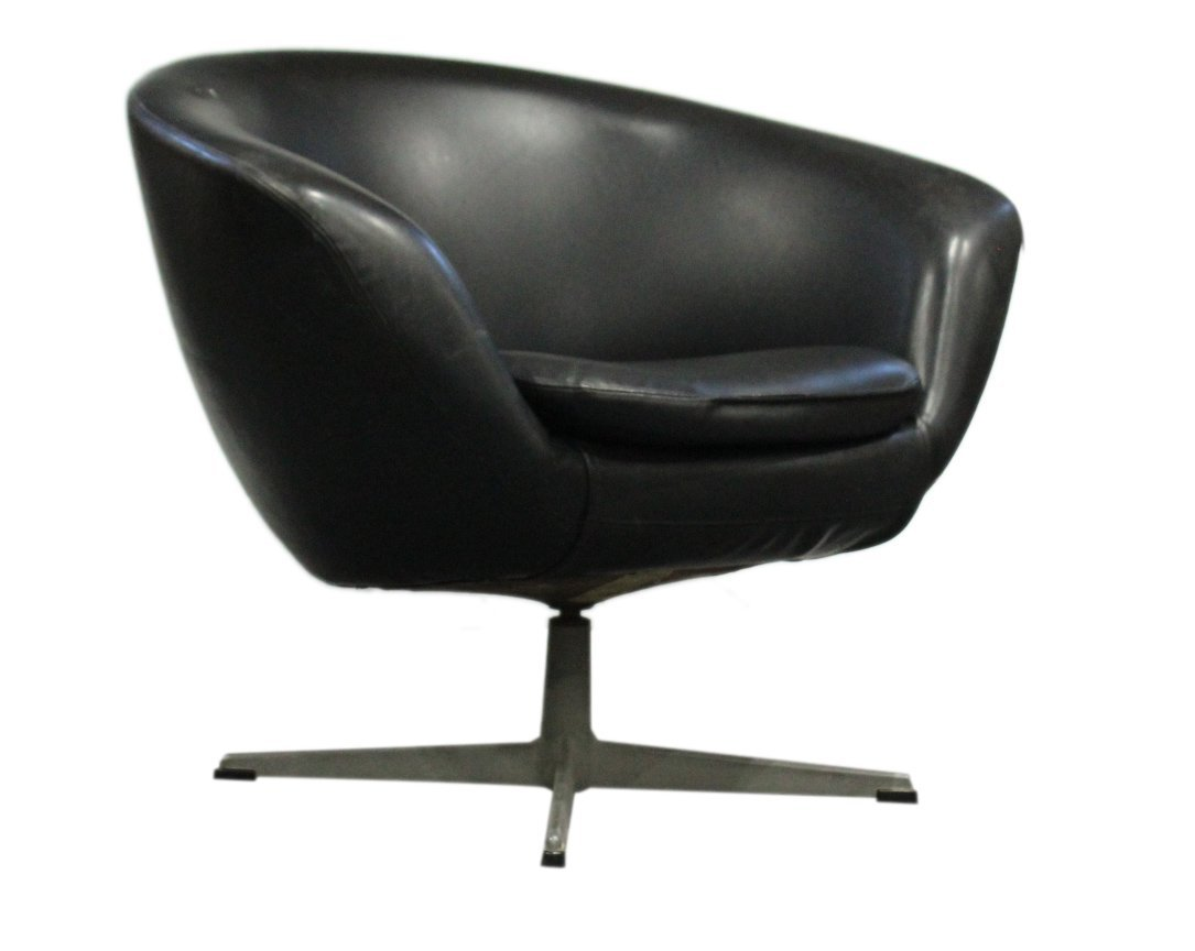 Original 1960s OVERMAN BLACK POD CHAIR With Label