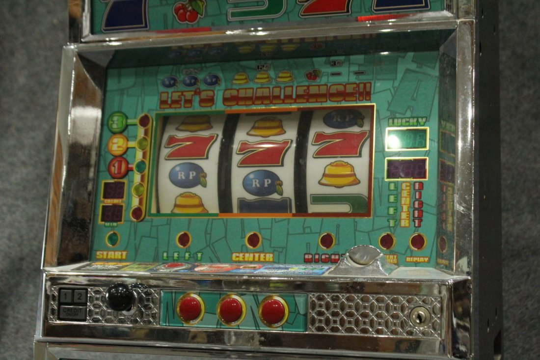 DEKANA HOME ELECTRONIC SLOT MACHINE With TOKENS - 3