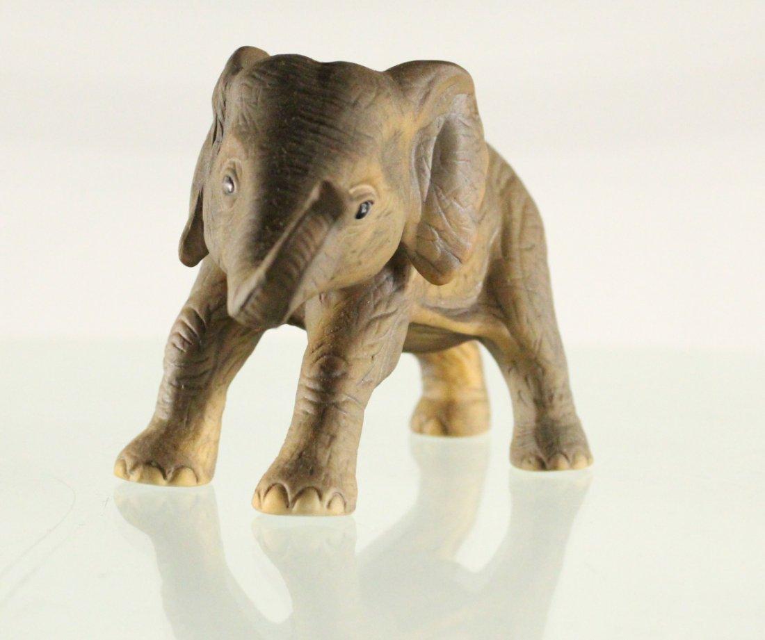 J BROWN R.S.L 1981 Mexico, PORCELAIN ELEPHANT Figurine - 3