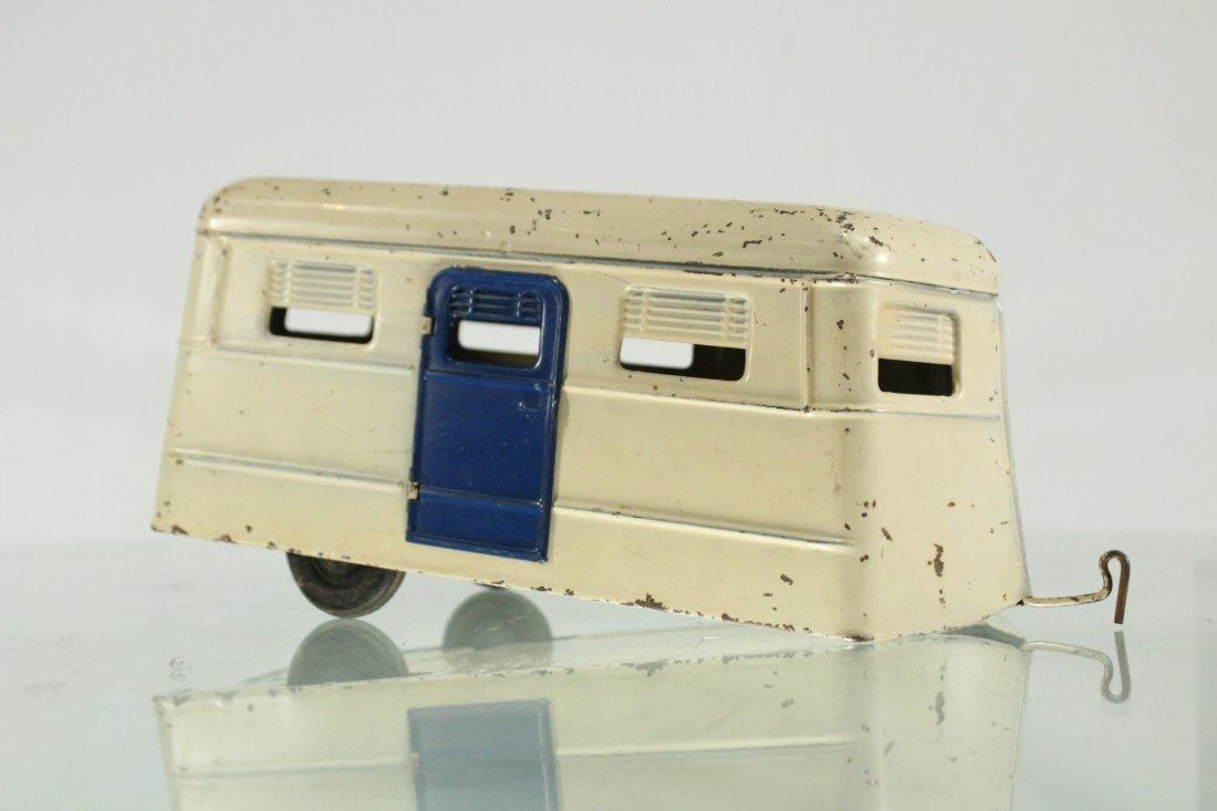 KINGSBURY TOYS 1940s Blue Car Pulling Trailer Camper - 8