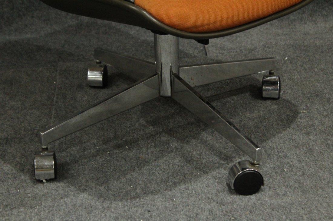 Mid-century Modern Steel case orange arm chair - 4