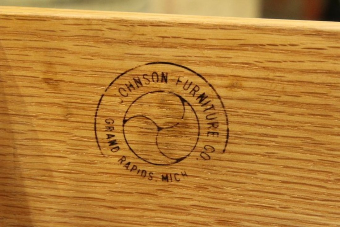 Johnson Furniture Co. Mid-Century Modern 2-Drawer Stand - 3